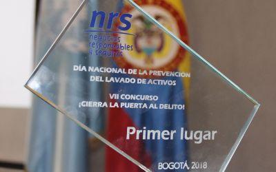 Gelsa obtiene premio por su campaña Dinero Fácil, el rostro del lavado de activos